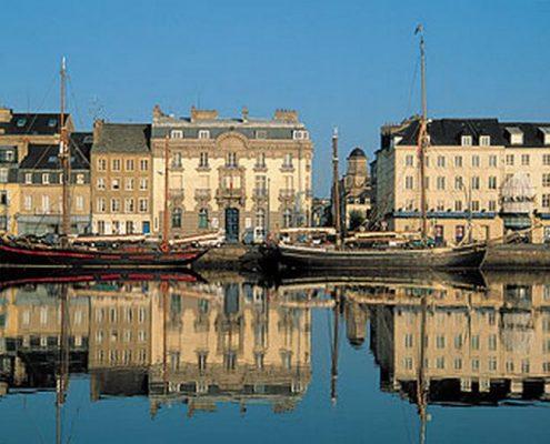 Cherbourg-en-Cotentin-et-escale-de-Paquebot